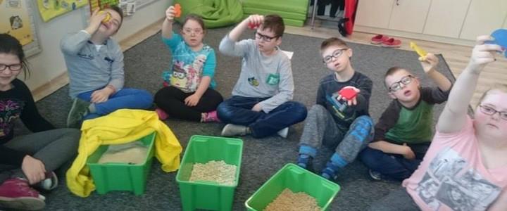 Zabawy rozwijające kreatywność oraz integrację sensoryczną
