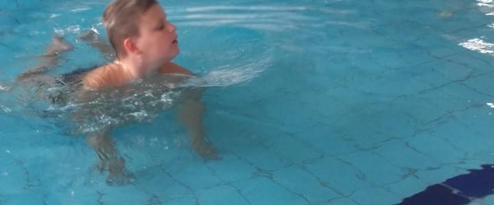 Jak ryba w wodzie – zajęcia na basenie